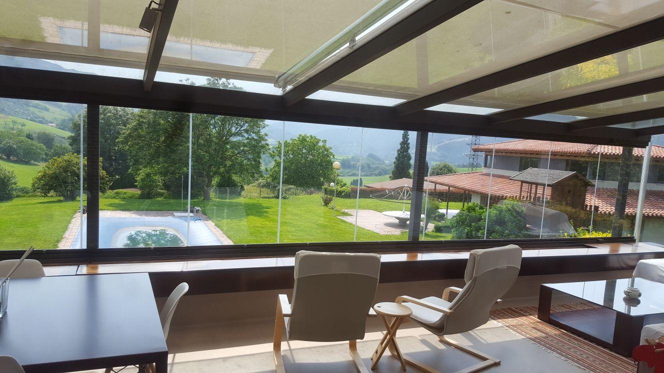 Terraza con cortina de cristal cialca cortinas de - Terraza de cristal ...
