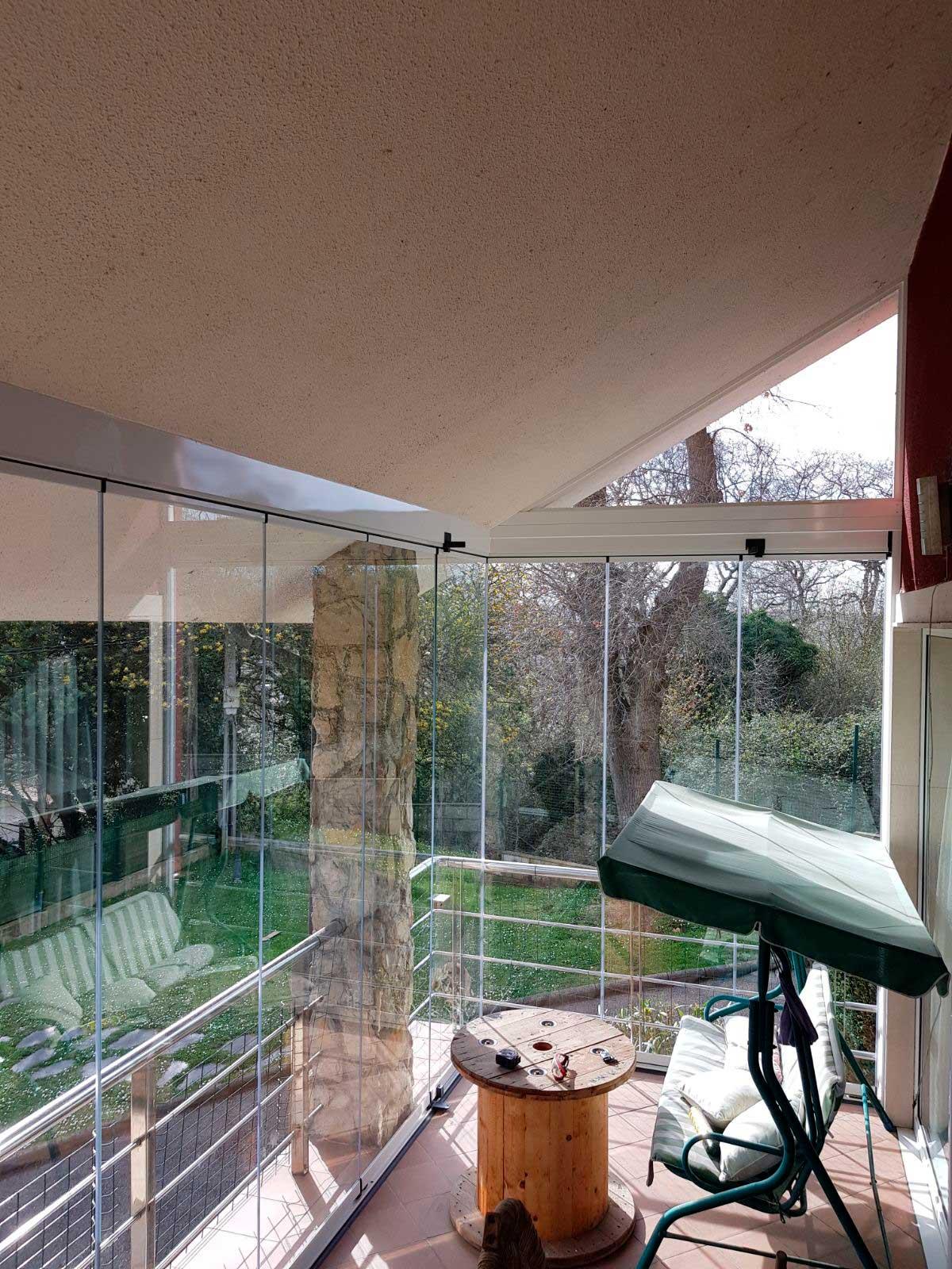 Acristalamiento lumon para terrazas balcones archivos for Cortinas para terrazas acristaladas